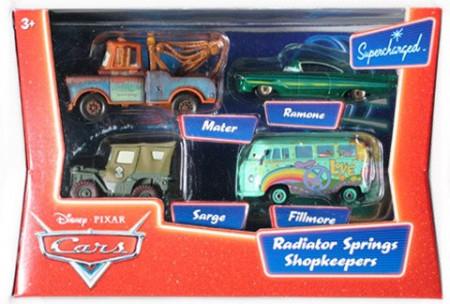 CARS (Auta) - Radiator Springs Shopkeepers (Mater + Ramone Green + Sarge + Fillmore)