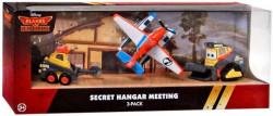 PLANES 2: Fire & Rescue - 3pack Secret Hangar Meeting (Letadla 2: Hasiči a záchranáři) - Dusty (Prášek), Blackout, Drip
