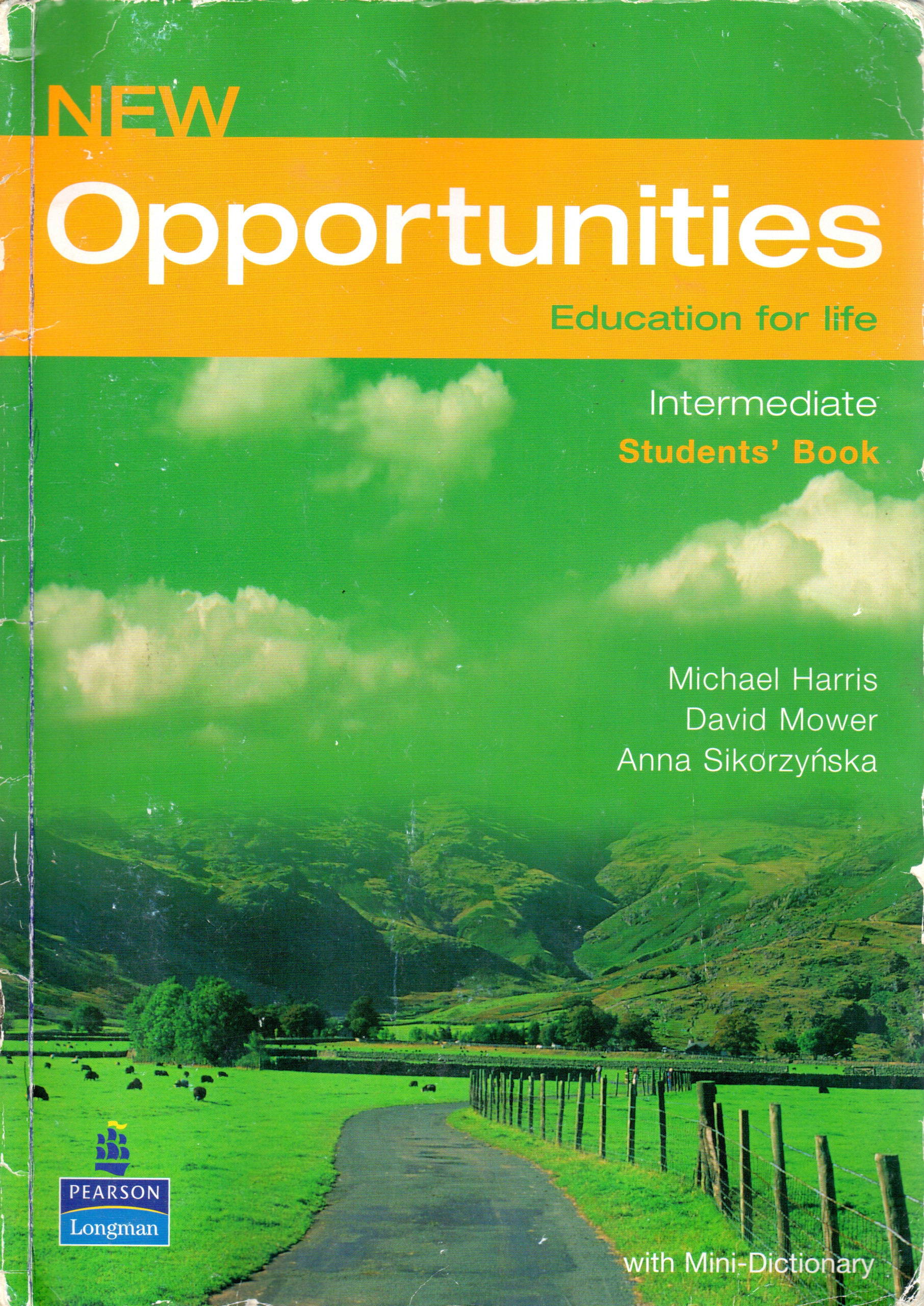 New Opportunities: Intermediate Student's Book - Náhled učebnice